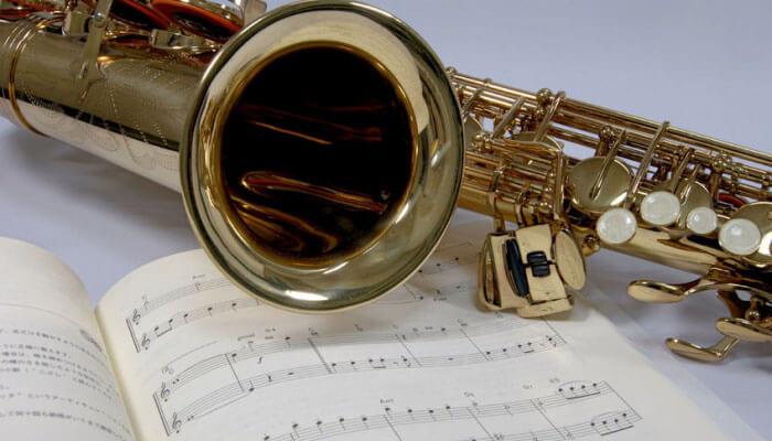 best alto saxophone beginner's guide