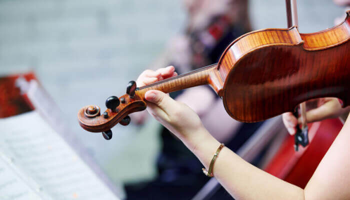 19 Best [Easy-To-Play] Violin Songs & Movie Themes for Beginners