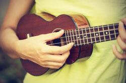 Best Ukulele Strings: Guide