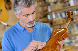 Violin Tuning: The Definitive Guide & Best Violin Tuner Reviews