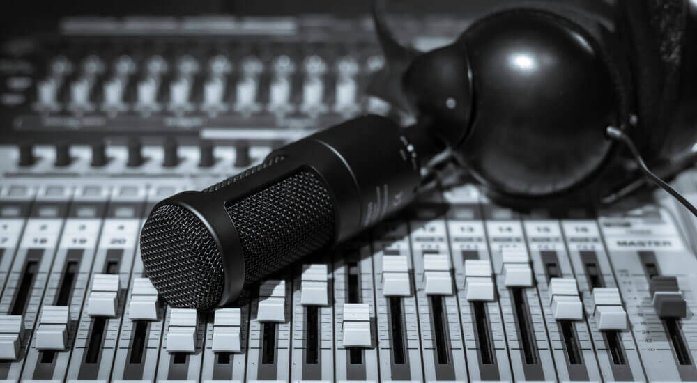 best cheap condenser mics under 100 dollars