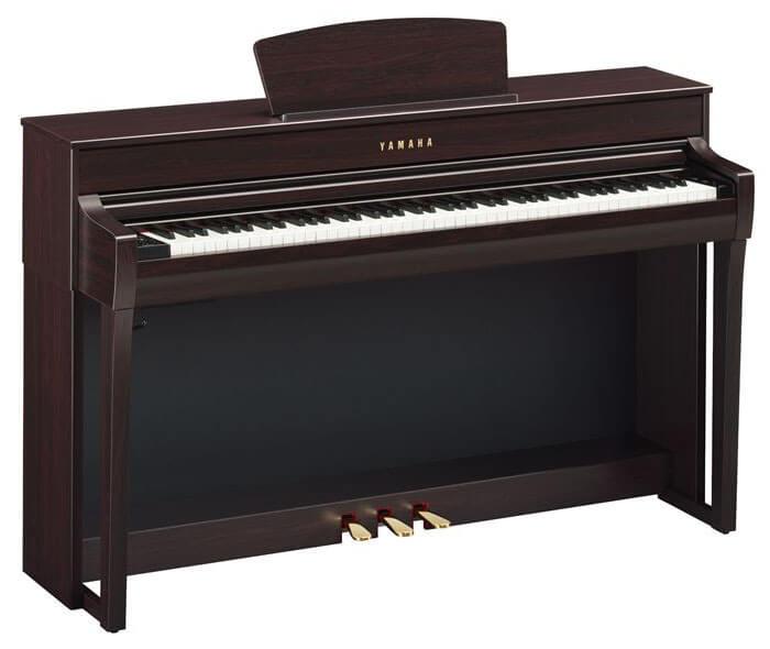 Yamaha Clavinova CLP-735 Digital Upright Piano